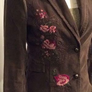 📌Corduroy Embroidered Blazer